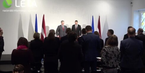 Valsts prezidenta Raimonda Vējoņa un Ukrainas prezidenta Petro Porošenko kopīgā preses konference