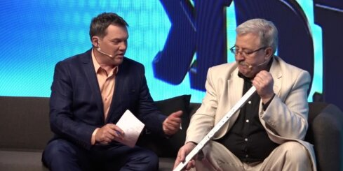 Armands Puče un Jānis Matulis analizē Latvijas hokeja izlasi