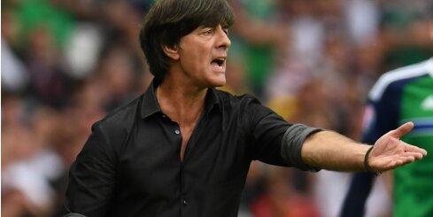 Joahims Lēvs turpinās vadīt Vācijas futbola izlasi