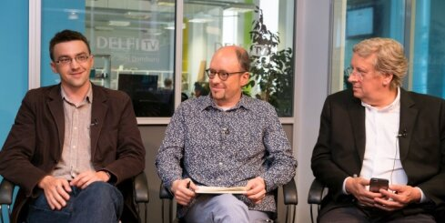 'Delfi TV ar Jāni Domburu': Nogurušais Urbanovičs, kurš izkritis no Ušakova laivas, vērtē vērotāji