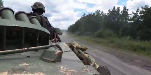 Teroristi apšauda Ukrainas armijas kolonnu