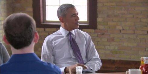 Urbanovičs lūdzis Obamu risināt nepilsoņu jautājumu Latvijā