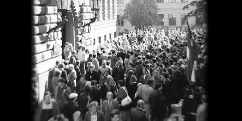 Fragments no filmas '4. maija republika'