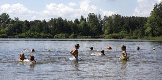 Купаться в озере Бабелитес в Риге снова можно