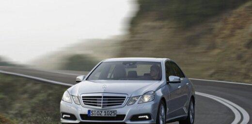 Vācieši balsojumā par labāko auto atzīst 'Mercedes' E-klasi