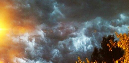 Lasītāji iemūžina negaisu iespaidīgās fotogrāfijās