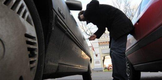 Plāno noteikt bargākus sodus par automašīnu zādzībām