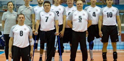Latvijas sēdvolejbola izlase uzvar arī Ungāriju