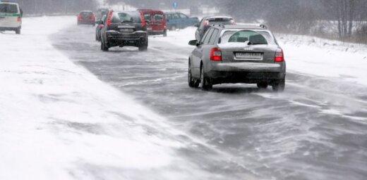 Piecas lietas, kas jāpārbauda automašīnā pirms ziemas iestāšanās