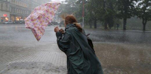 Negaiss Baltijas valstīs atnesis brāzmas līdz 38 m/s un 6 cm lielus krusas graudus