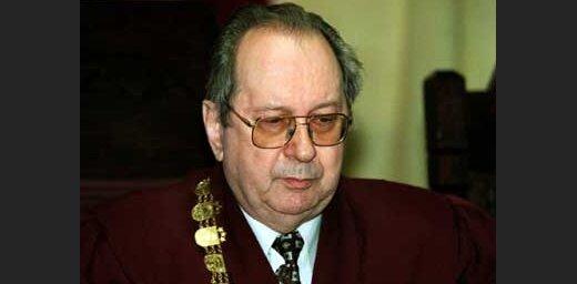 Янис Лаукрозе