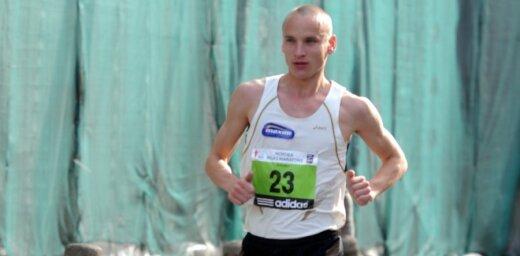 Žolnerovičs un Čelnova-Prokopčuka triumfē Latvijas čempionātā desmit kilometru šosejas skrējienā
