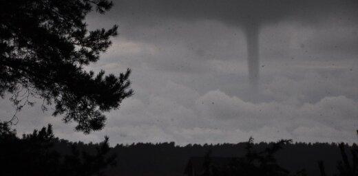 Top 5 video izlase: Vētras un virpuļviesuļi plosa Latviju