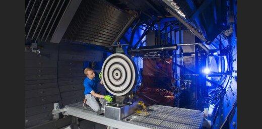 В NASA успешно испытали ионный двигатель