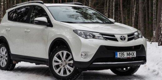 """Тест-драйв Toyota RAV4: кто заменит """"народный кроссовер"""""""