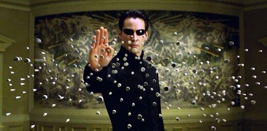 Plāno uzņemt jaunu kulta filmas 'The Matrix' turpinājumu