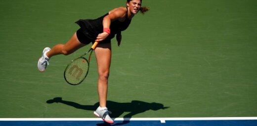 Ostapenko negaidīti zaudē Honkongas turnīra pirmajā kārtā un noslēdz sezonu