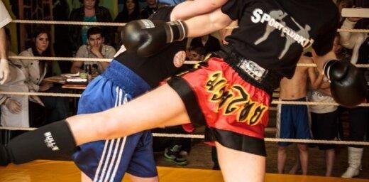 Fotoreportāža: Rīgā aizvadīts boksa turnīrs sievietēm 'Challenge Cup'