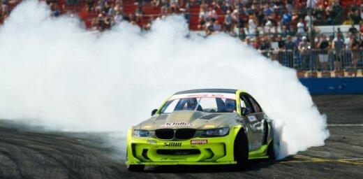 Blušs 'Formula Drift' sestajā posmā apstājas astotdaļfinālā