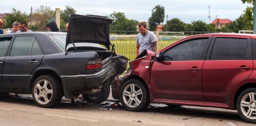 Palielinās pēc avārijas neapdomīgi ekspluatētu auto skaits