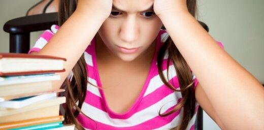 МОН: домашнее задание на выходные и праздники задавать не нужно, это - инициатива учителей