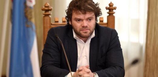 VARAM aicina izvērtēt algas maksāšanu diviem Rīgas domes departamenta direktoriem
