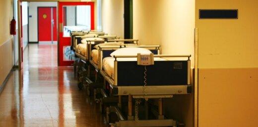 За неделю вследствие насилия в Лиепайскую больницу попали пятеро детей с серьезными травмами головы