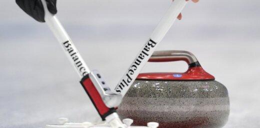 Latvijas jauktais kērlinga pāris pasaules čempionātu noslēdz ar zaudējumu