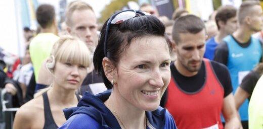 Foto: Prokopčuka un Višķers kļūst par Latvijas čempioniem pusmaratonā