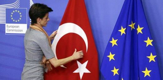 Bild: Евросоюз переплатил Турции за беженцев десятки миллионов евро