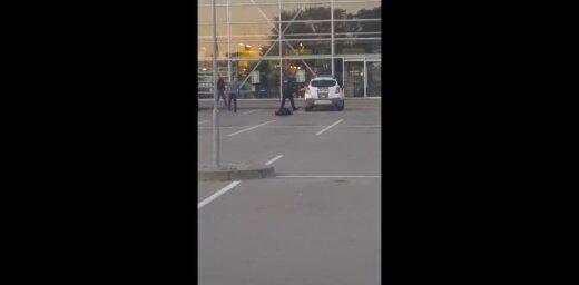 Конфликт на стоянке у супермаркета: начато два делопроизводства и проверка в отношении полицейского