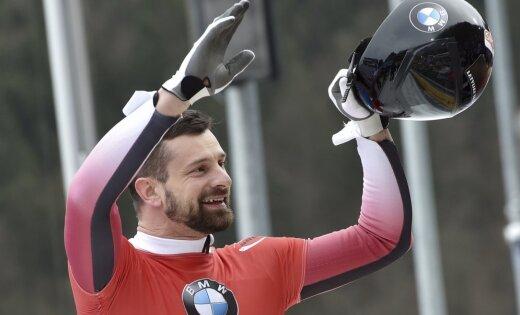 Скелетонист Мартин Дукурс начал олимпийский сезон с уверенной победы в Лейк-Плэсиде