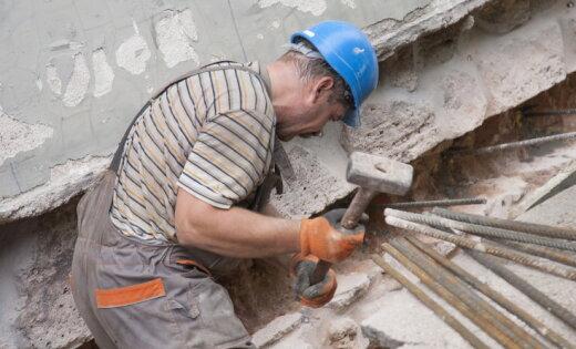 Горят на работе. Топ самых опасных профессий в Латвии по версии Трудовой инспекции
