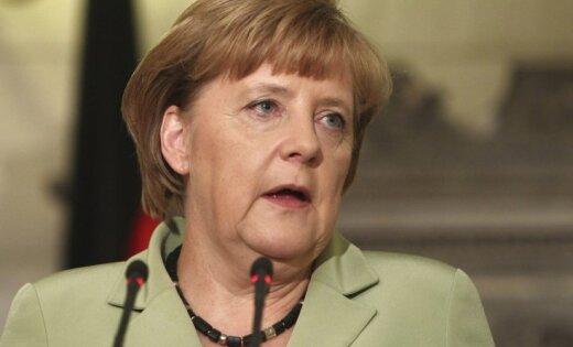 Латышская интеллигенция призвала Меркель создать в Латвии базу НАТО