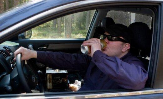 Ģenerālprokurors: kriminālatbildības piemērošana par braukšanu reibumā problēmu neatrisinās