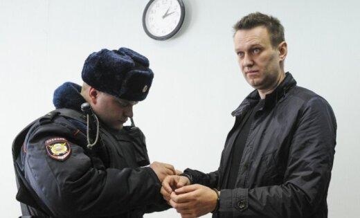 Navaļnijam nav cerību kandidēt prezidenta vēlēšanās, paziņo Krievijas CVK vadītāja