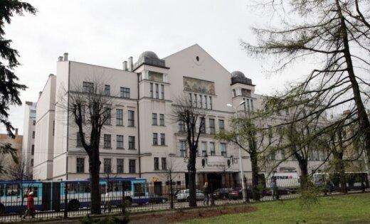 Pagaidām atlikta hosteļa Rīgas Latviešu biedrības namā atklāšana