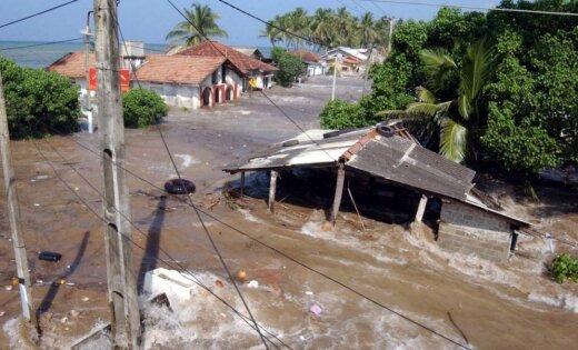 Indonēzijā zemestrīcē un cunami simtiem bojāgājušo
