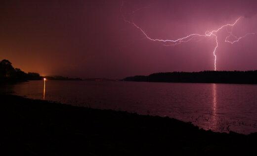 Latvijai tuvojas siltums un pirmais vasarīgais pērkona negaiss