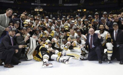 NHL 100. sezona: viens latvietis, dalībnieku rekords un 'Penguins' centieni gūt 'hat trick'
