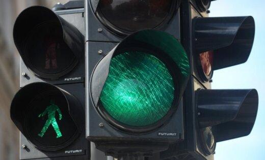 В Риге за 138 000 евро обновят светофоры