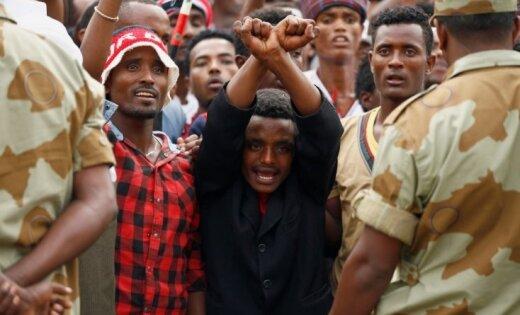 Etiopijā atbrīvos pilnīgi visus politieslodzītos, sola premjers