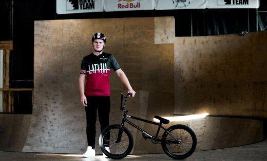 Latvijas BMX frīstailists Patriks Vīksna izcīna trešo vietu Pasaules Jaunatnes Olimpiādē