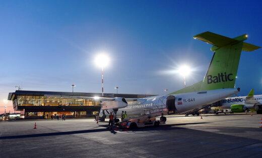 Билет есть, места нет: профессора шокировало отношение airBaltic к пожилым пассажирам