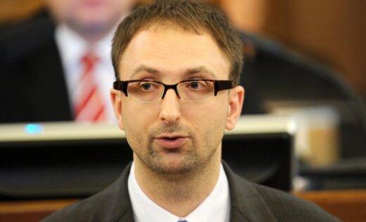 Pilsonības likuma apakškomisiju vadīs deputāts Čaklais
