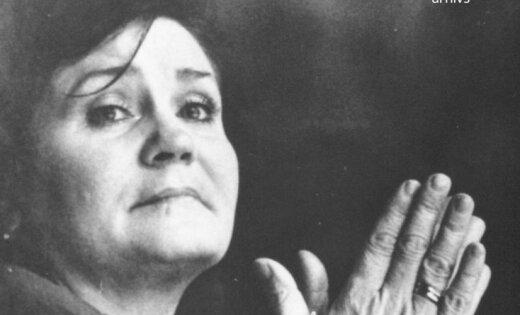 Arhīva foto: Latvijas estrādes mūzikas leģendai Norai Bumbierei 70