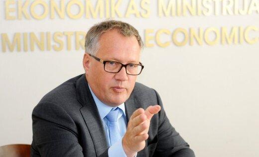 Krīze visiem vēl nav beigusies, bet ir cerības. 'Delfi' intervija ar ekonomikas ministru