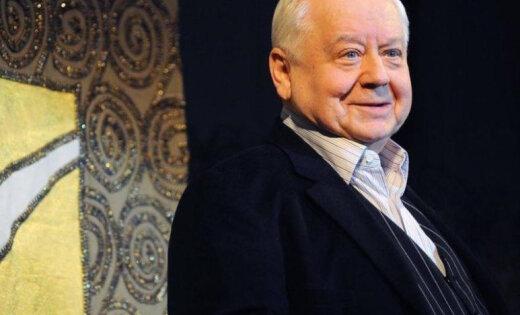 Олега Табакова ввели в искусственную кому