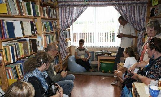 Stāstnieki pārņem Latviju. 'Storītellings' – ne vairs pie skala uguns, bet bibliotēkās