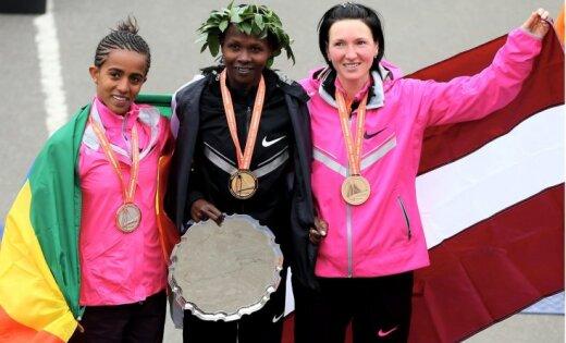 Jeļena Prokopčuka izcīna trešo vietu Ņujorkas maratonā
